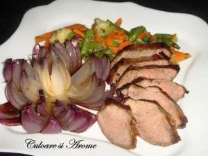 Steak de vita cu legume