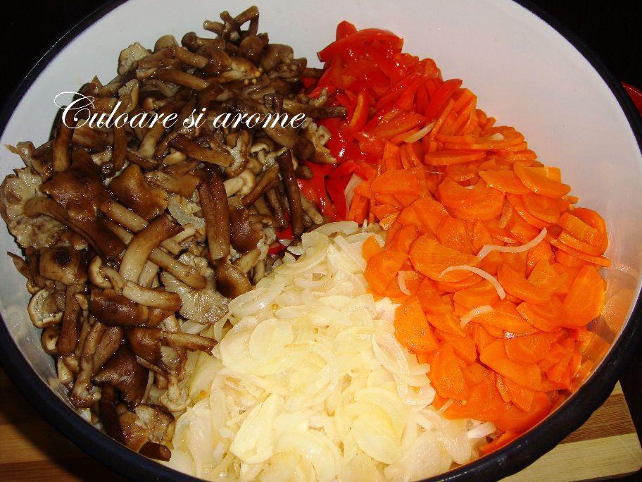 Salata de toamna (opintici, gogosari, ceapa, morcovi)