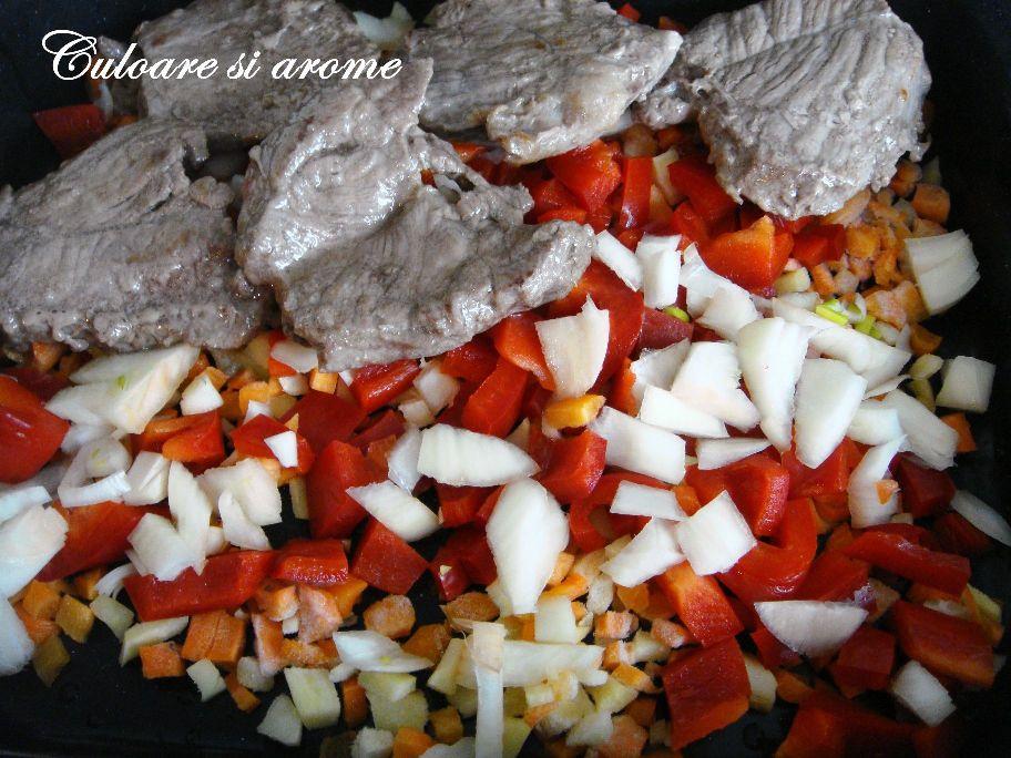 Antricot de vita cu sos de legume