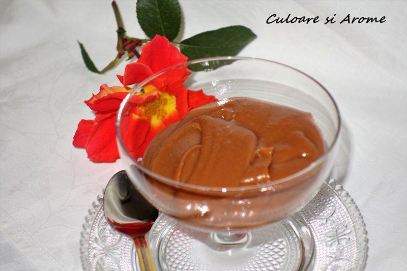 Dulceata de lapte (crema caramel)