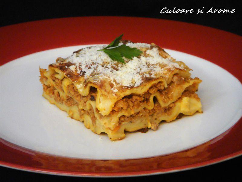Lasagna cu sos Bolognese